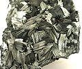 Pyrolusite-pyrol-2-18b.jpg