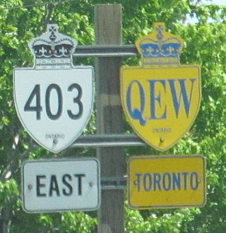 Concurrency (road) - The QEW concurrent with Highway 403 in Ontario