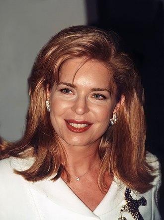 Queen Noor of Jordan - Image: Queen Noor 1999