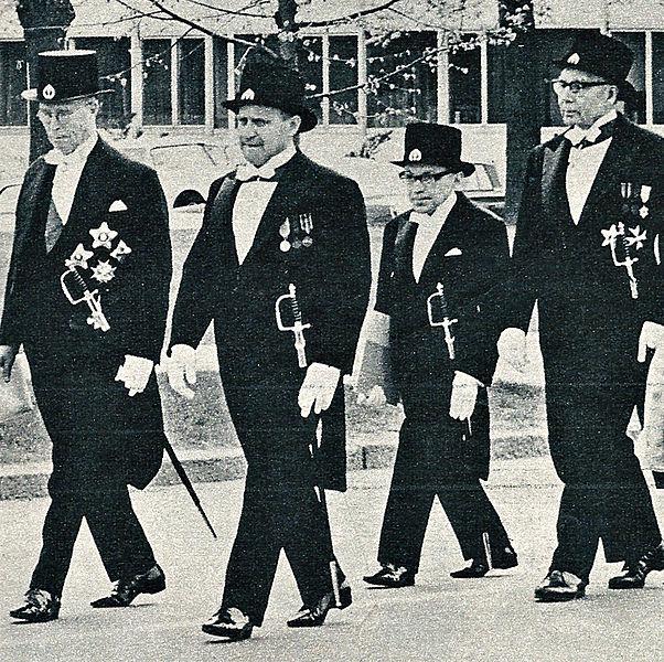 File:Rainer-von-Fieandt,-Väinö-Linna,-Touko-Markkanen-&-Eino-Saari-in-promotion-1965.jpg