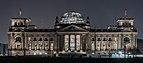 Reichstagsgebäude von Westen bei Nacht.jpg