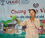 Residents in Vietnam's Tien Ngoai Commune, Duy Tien District, Ha Nam Province, discuss ways to prevent and control avian and pandemic influenza. (5640109694).jpg