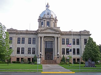 Wahpeton, North Dakota - The Richland County Courthouse in Wahpeton, 2007