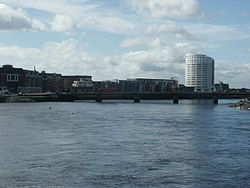 River Shannon at Limerick - geograph.org.uk - 411623.jpg