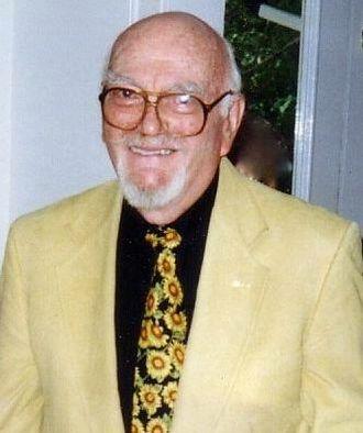 Bob Clarke (illustrator) - Bob Clarke