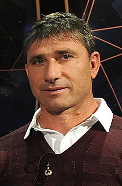 Roberto Abbondanzieri (cropped).jpg