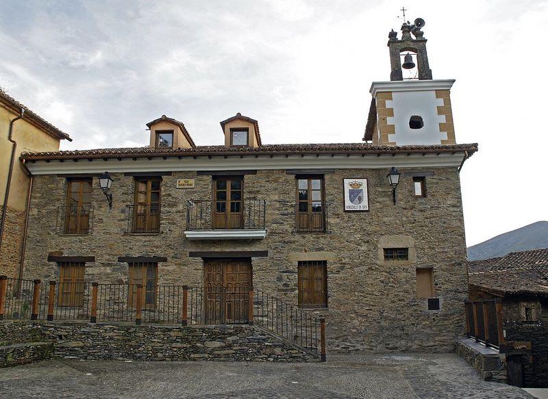 Robledillo de Gata-ayuntamiento-DavidDaguerro.JPG