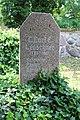 Roga Kirche Grab Leuschner 2019-06-17 01.JPG