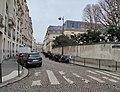 Rue Chateaubriand Paris.jpg