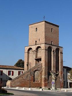 Sainte-Livrade-sur-Lot - Tour du roi -3.JPG