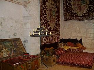 Sala del castillo de Cuellar.jpg