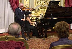 Salvatore Accardo playing during his prize-giv...