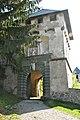 Sankt Georgen am Längsee Burg Hochosterwitz 07 Khevenhüllertor 22042007 233.jpg