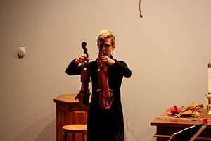 Sara Caswell - Caswell with her violin and Hardanger d'amore
