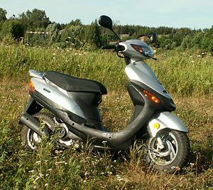 Skotero (motorciklo) - Wikipedia's Scooter (motorcycle) as