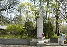 Scout Monument Poznan Fort Winiary.JPG