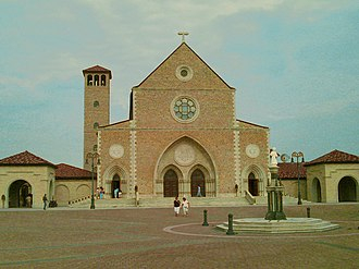 Hanceville, Alabama - The Shrine of the Most Blessed Sacrament