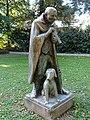 Skulptur, Schäfer mit Hund, Wettsteinpark, Riehen von Otto Roos (1887–1945).jpg