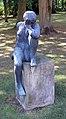 Skulptur Döllnkrug 2 (Groß Dölln) Sitzende mit aufgestütztem Arm&Werner Stötzer&1967.jpg