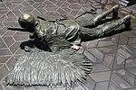 Skulptur Zufahrt zum Flughafen Tegel (Tegel) Der Fall Daidalos und Ikaros&Rolf Scholz&19852.jpg