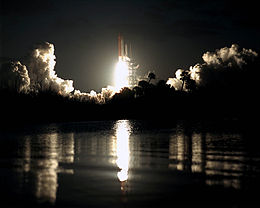 Space Shuttle Columbia launches on STS-61-C.jpg