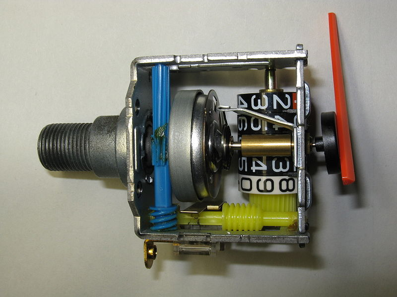 File:Speedometer (Honda Dio)2.jpg