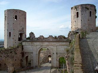 Hispellum - Image: Spello Porta di Venere