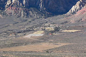 Sandstone Ranch (Nevada) - Image: Spring Mountain Ranch from Blue Diamond Hill 1