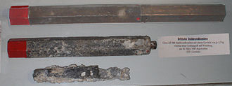 Incendiary device - Image: Stabbrandbombe inc 4 lb