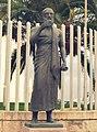 Statua di Eschilo davanti al museo di Gela.jpg