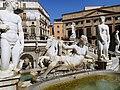 Statue della Fontana Pretoria.jpg