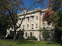 Sullivan County Courthouse in Indiana, southern side.jpg