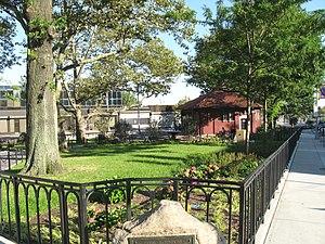 Tompkinsville, Staten Island - Tompkinsville Park