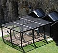Tower of London -cages for ravens-8c-5Aug2004.jpg