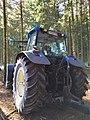 Tracteur New Holland TM190 dans la forêt (août 2018) - 4.jpg