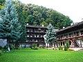 Troyan Monastery E2.jpg