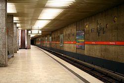 U-Bahnhof Petuelring 01.jpg