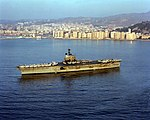 USS Independence (CV-62) anchored of Málaga (Spain) on 26 November 1979.jpeg