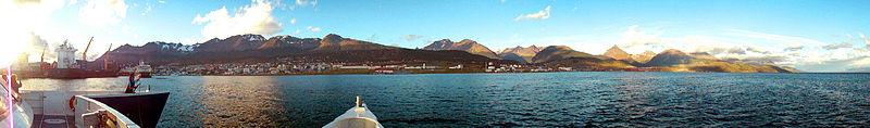 Ushuaia panoramica.jpg