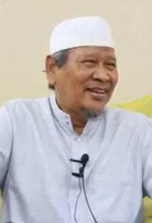 Ismail Kamus