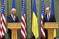 VP Biden and PM Yatsenyuk, Joint Statement, Kyiv, Ukriane, April 22, 2014 (13981129425).jpg