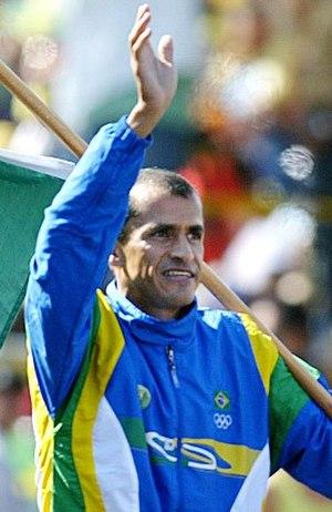 Brazil at the 2007 Pan American Games - Vanderlei Cordeiro de Lima, carrying the Brazilian Flag.