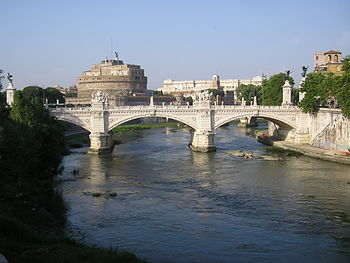 English: Victor Emmanuel II Bridge in Rome, It...