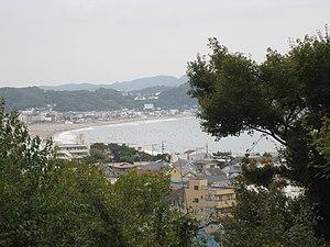 Kamakura - View over Kamakura's Sagami Bay coast from Hase-dera (Kamakura)