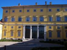 Il fronte principale di Villa Annoni