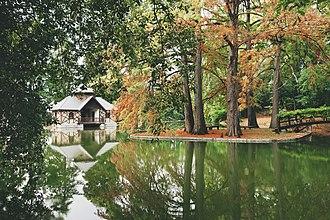 Villa Mosconi Bertani - Romantic English-style park at Villa Mosconi Bertani