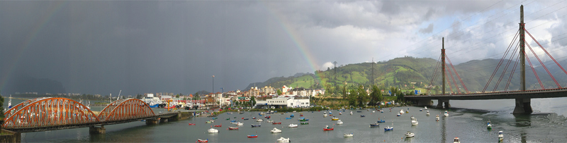 File:Vista de Colindres.PNG
