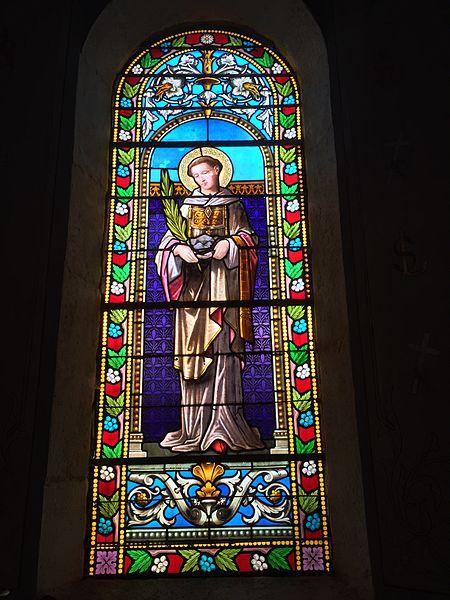 Un des vitraux de l'église de Frémeréville-sous-les-Côtes