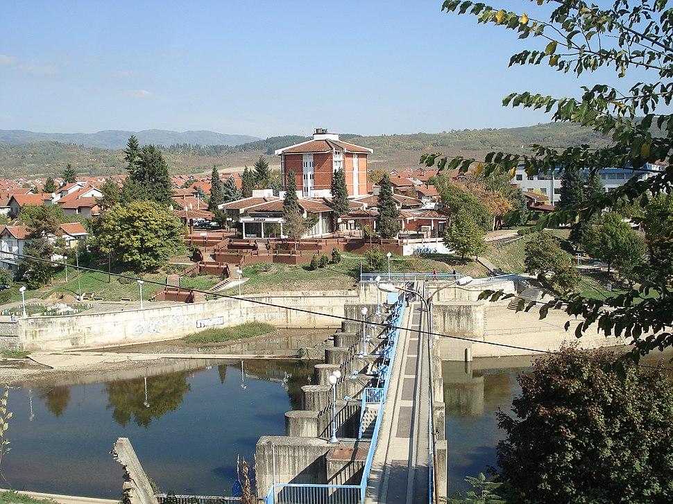 Vlasotince, Vlasina i brana