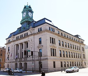 Das Webster County Courthouse in Fort Dodge, gelistet im NRHP Nr. 81000274[1]